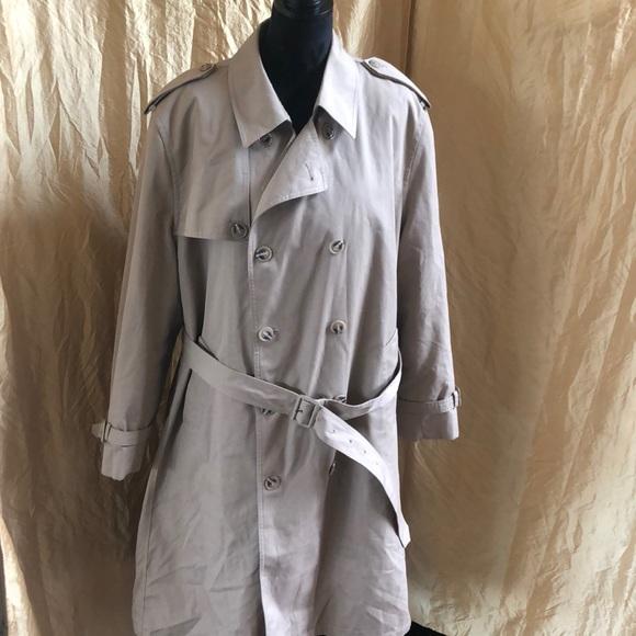 authorized site sold worldwide stylish design Oleg Cassini vintage 70's men's raincoat overcoat